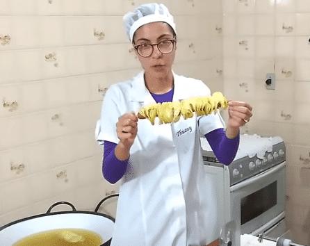 batata espiral com salsicha